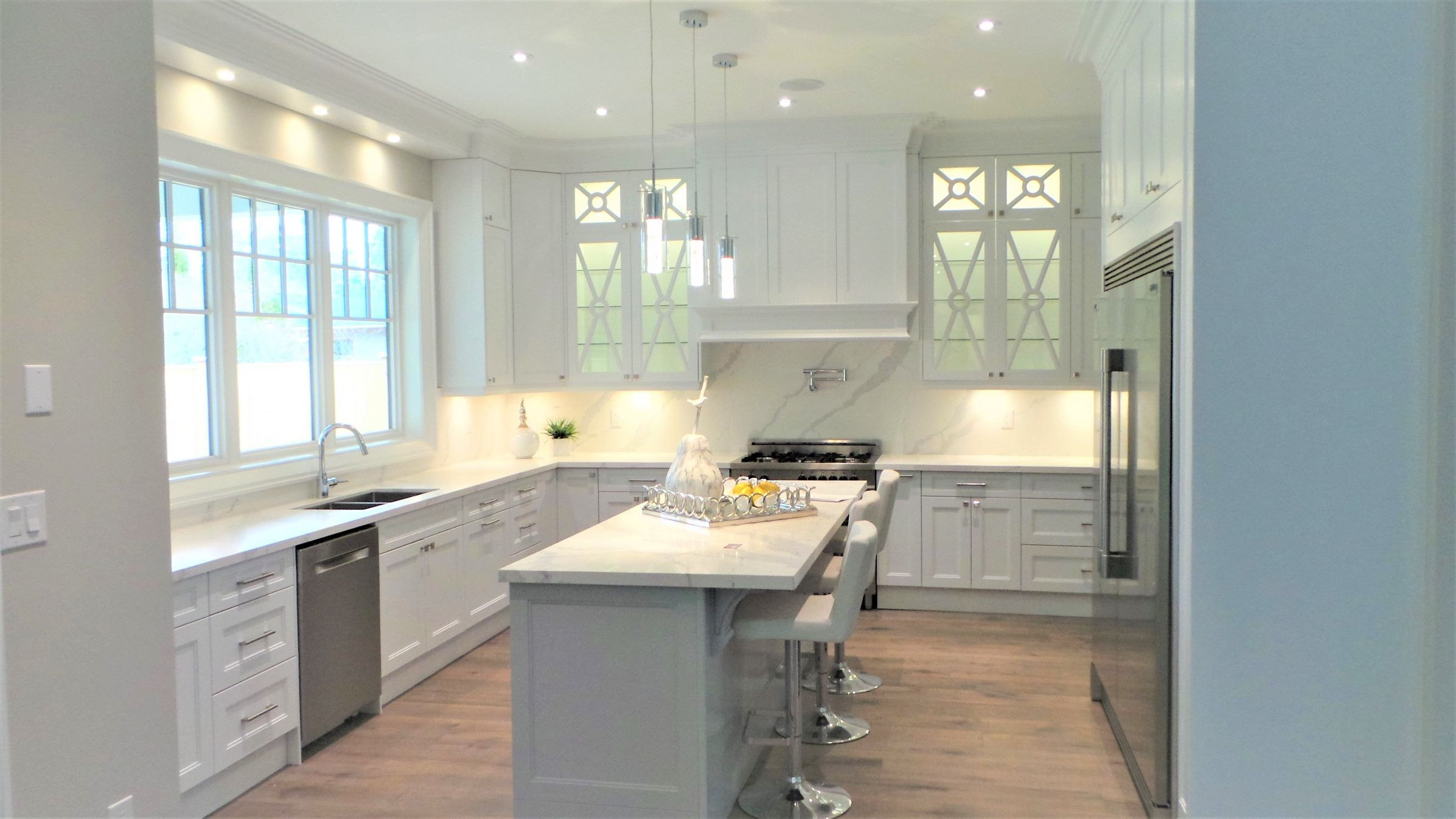 Modern kitchen with countertop